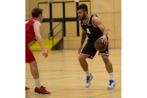 Northumbria Surge Into Semis