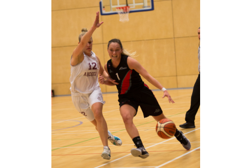 Bunten Praises Battling Northumbria